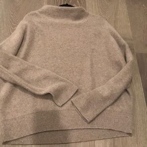 *NEW* Vince high neck cashmere sweater size L